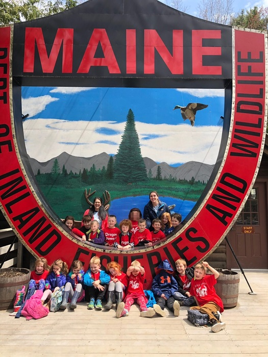 1st grade students at the Maine Wildlife Park